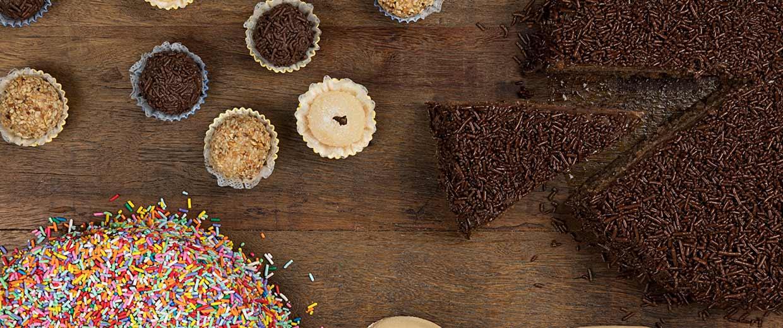 Kidoguinho Minissanduíches, doces e bolos